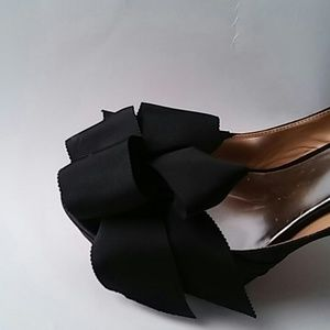 Badgley Mischka Shoes - Badgley Mischka Black Satin Peep Toe Bow  Sz10 M